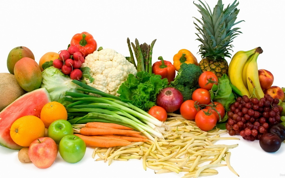 сколько фруктов и овощей есть в год